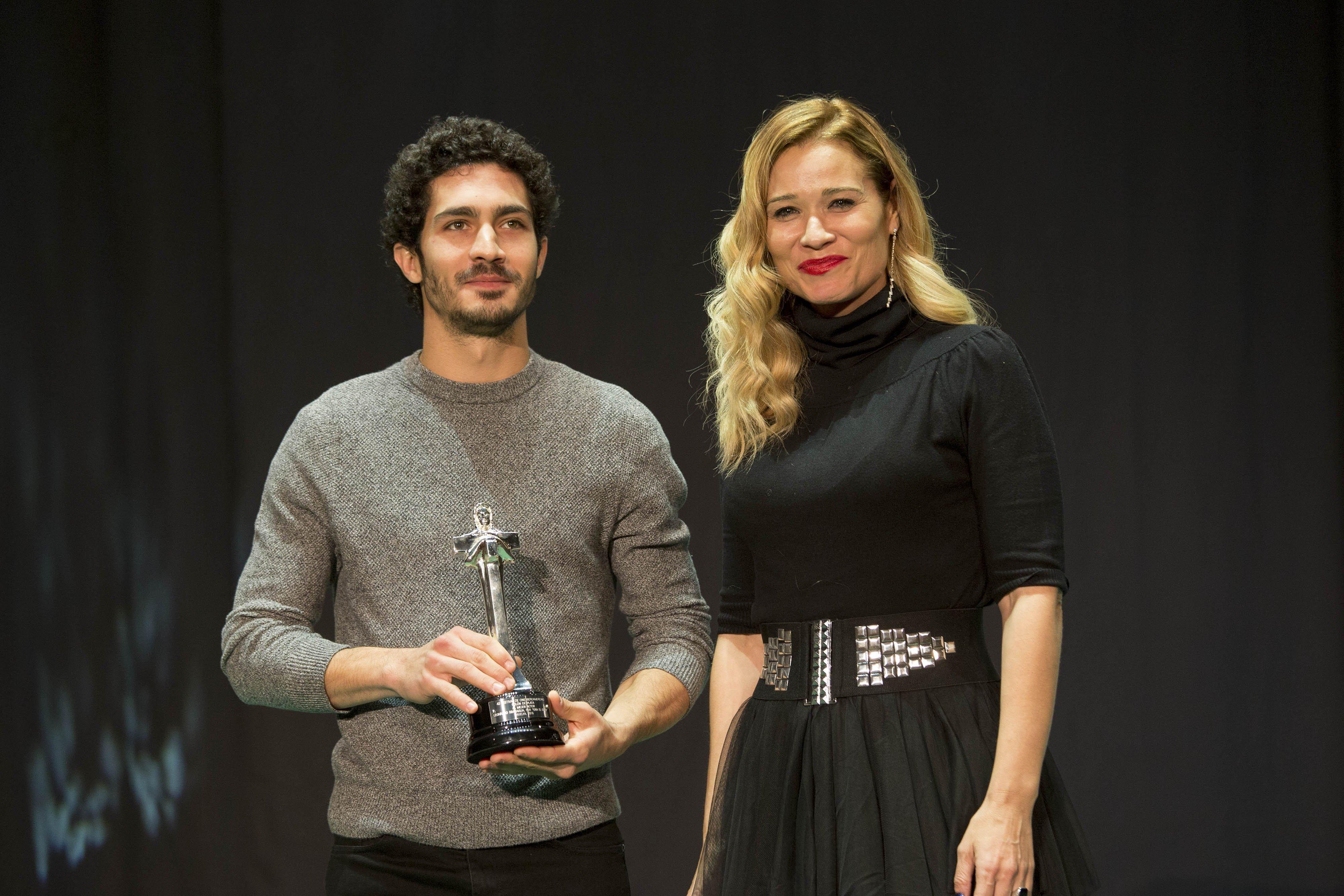Colón de Plata Mejor Actor Leonardo Sbaraglia, recoge Chino Darín, por 'Era el Cielo'