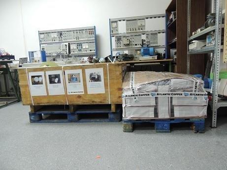Ordenadores, válvulas, bombas y motores, son algunos de los elementos donados