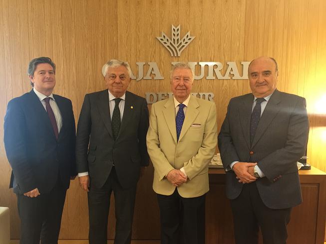 El acuerdo pretende impulsar la Lonja de Cereales, referente en las relaciones comerciales entre los agentes del sector cerealista en la provincia