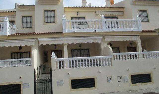 El decreto que regula las viviendas con fines turísticos supondrá un alivio para el sector