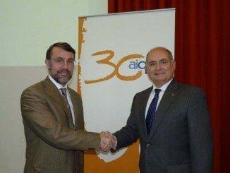 Los gerentes de ambas entidades, Aurelio Gómez y Rafael Eugenio Romero, rarifican el acuerdo
