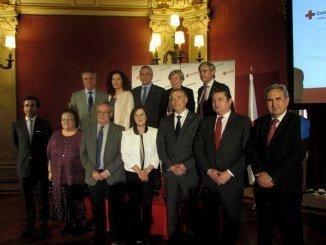 El presidente de Cruz Roja y autoridades andaluzas en la presentación de la Memoria Anual