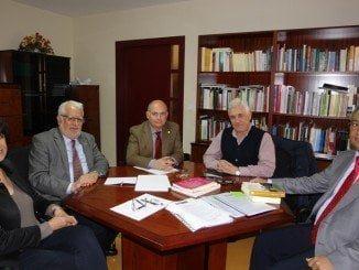 La Cátedra Aiqbe ha otorgado sus prestigiosos Premios de Investigación a los profesores de la Universidad de Huelva (UHU) Juan Pedro Bolívar Raya y José Ignacio Aguaded Gómez, en el área Científico-Tecnológica y en la Humanístico-Social