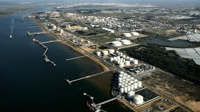 Importante es la bajada de precios en la industria de fabricación de productos químicos básicos