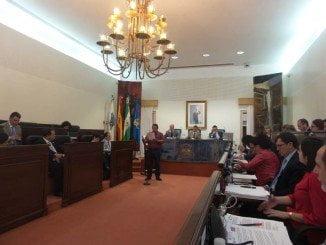 El Pleno se inició con una Declaración Institucional en apoyo a Ecuador tras el terremoto de abril