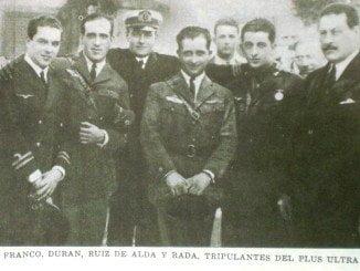 """. El aparato bautizado como """"Plus Ultra"""" fue pilotado por Ramón Franco"""