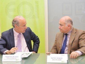 Francisco Velasco y Rafael Romero tras la firma del convenio