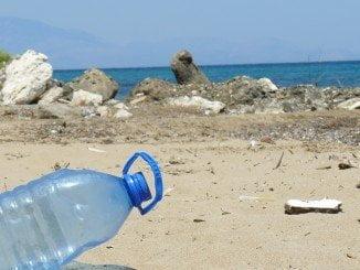 Este fin de semana se realizará una recogida de residuos  participativa en la playa