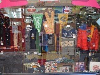 Andalucía no levanta aún el consumo en comercios al nivel de la media española