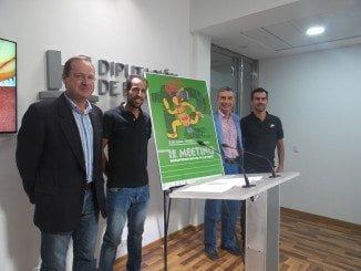 El dos veces campeón del mundo de Duatlón, Emilio Martín, ha estado presente en la presentación