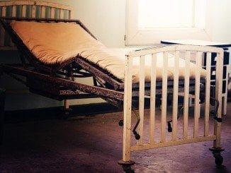 En Medicina Interna aseguran que las camas se han reducido de 29 a 16
