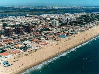 El detenido robó en varias viviendas de la localidad costera de Punta Umbría