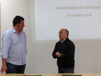 El profesor Rodríguez Barrera durante su intervención en la UNIA