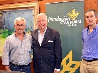 Fundación Caja Rural del Sur respalda a Freshuelva en el Congreso de los Frutos Rojos
