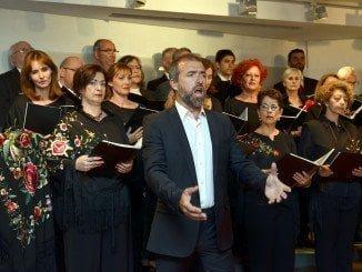 La excelente voz del onubense Guillermo Orozco cautivó a los asistentes al Concierto Lírico de Fundación Caja Rural del Sur.