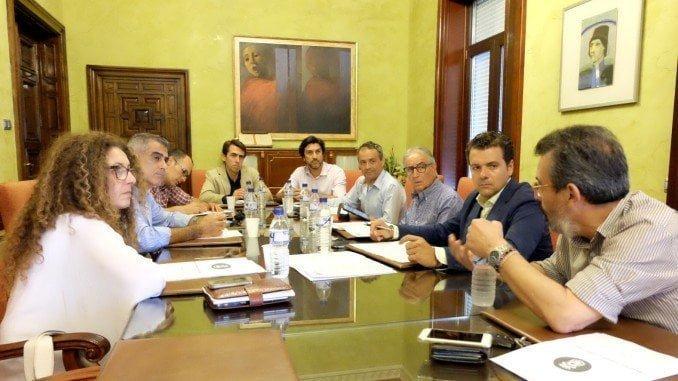La Mesa ha celebrado hoy su primera reunión, iniciando una dinámica de sesiones quincenales
