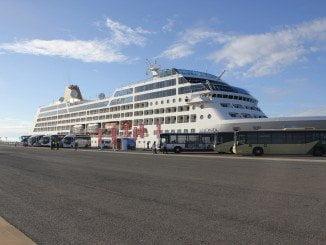 Nada más atracar,los cruceristas recibirán toda la información sobre el comercio de Huelva