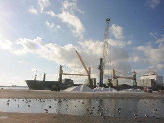 Los puertos, como el de Huelva, deben jugar importante papel  para dar el salto de calidad