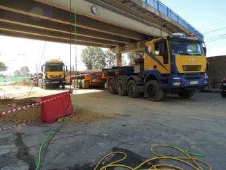 Las obras por el derribo del viaducto obligó a modificar el tráfico de la zona