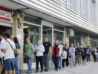 La web del SAE evita, entre otras cosas, aguardar largas colas en las oficinas de empleo