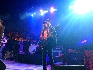 La banda sevillana Los Labios, actuó anoche en el arranque del Festival