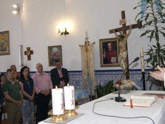 La misa fue oficiada por el párroco Alejandro Guevara