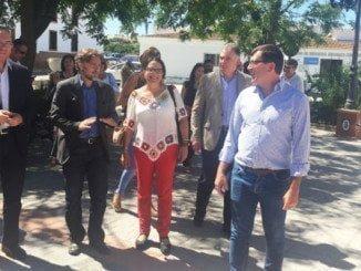 Manuel Guerra y José Fiscal en un encuentro con alcaldes y regantes del Andévalo