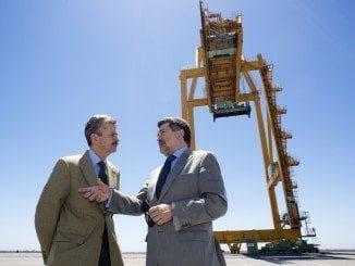 Barrero y el consejero de Economía e Infraestructuras de la Junta de Extremadura