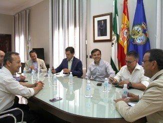 Caraballo ha mantenido un encuentro con el presidente del gremio de las agencias de viaje