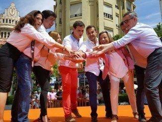 Rivera ha hecho campaña hoy en Córdoba junto a sus compañeros de Andalucía