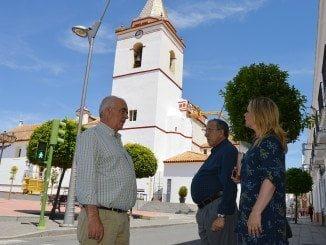 Iglesia parrtoquial en San Juan del Puerto, recientemente pintada