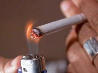 Actualmente, existe un 24,37% de fumadores en Andalucía, frente al 26,65% de 2009