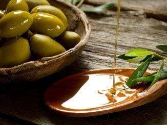La mesa sectorial del aceite de oliva y aceituna constata que el mercado interior de aceituna crece