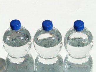 Se ha ordenando la retirada inmediata de esta partida de botellas de agua