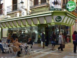 El Comercio de la calle Rábida, unido ante la crisis
