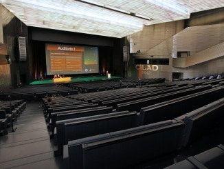 Uno de los auditorios de Fibes, donde este fin de semana se celebrarán dos congresos, uno de turismo y otro de administradores de fincas