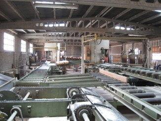 Cuatro de los cinco sectores industriales presentan tasas mensuales negativas