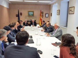 Representantes de las asociaciones de atuneros se reúnen en Madrid con el secretario general de Pesca