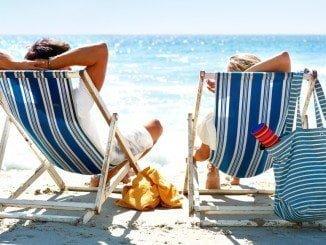 Más del 70% de los españoles gastará una nómina o más en sus vacaciones de verano