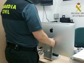 Un equipo informático marca Apple robado en un gimnasio fue localizado por los agentes