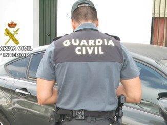 Los agentes localizaron a una persona que había comprado algunos de los objetos robados