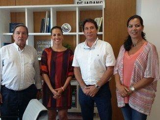 Gallardo se ha reunido con la delegada de Vivienda y Fomento de la Junta de Andalucía