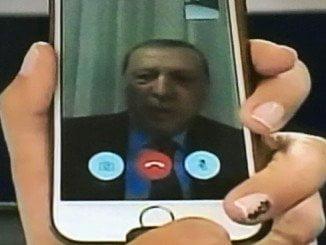 La intervención de Erdogan por face time recogida por la televisión logra frenar el golpe de Estado en Turquía