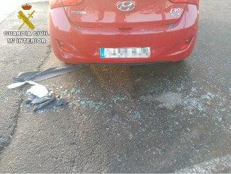 El vehículo sufrió también daños