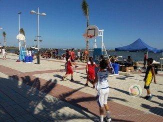 El 3X3 de baloncesto recorre las playas de Huelva este verano