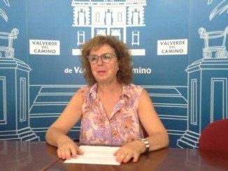 Ascensión Castaño ha informado de las dos mociones que los socialistas presentan en el pleno