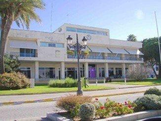 La alcaldesa aborda con el sindicato los problemas económicos y de organización del Ayuntamiento