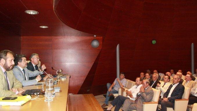 Imagen retrospectiva de la constitución de HuelvaPort