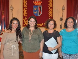 Ayuntamiento de Almonte y Asociación de Enfermos de Alzheimer renuevan su convenio de colaboración