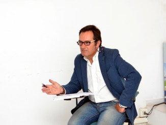 Antonio Martín dimitió como consejero en enero del 2016 y como secretario. sin voz ni voto del Consejo, el día en que se aplazó la Junta de Accionistas por incomparecencia de Gildoy.